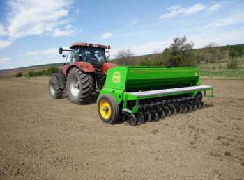 "Seed end wheel drill ""Polina"""